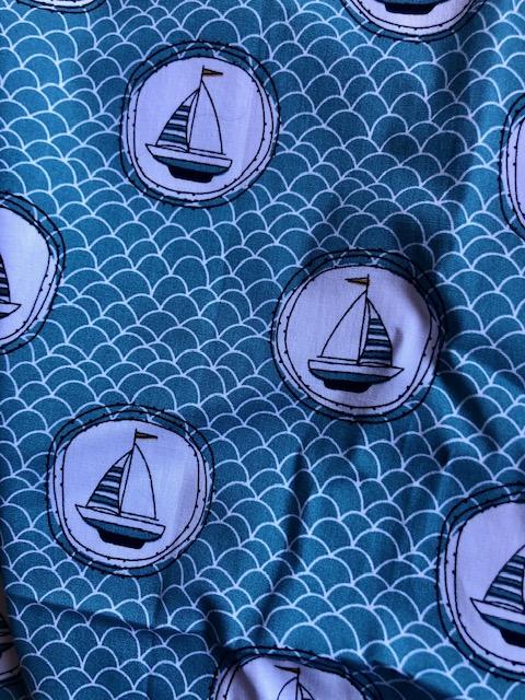 Segelschiffe in Kreisen